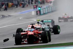 Фернандо Алонсо (Феррари),крушение F138, на Гран-при Малайзии