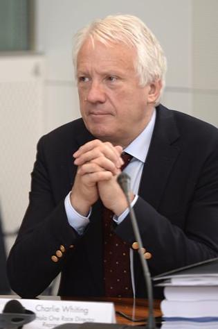 Чарли Уайтинг, руководитель гонки, на слушании дела ФИА против Мерседес и Пирелли