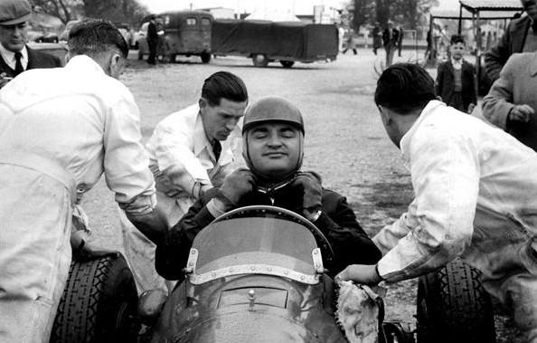 Хосе Фроилан Гонсалес на  Ричмонд Трофи, апрель 1952