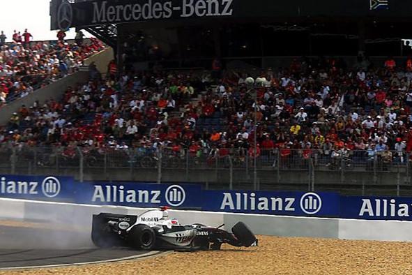 Кими Райкконен (Макларен) сход на Гран-при Германии