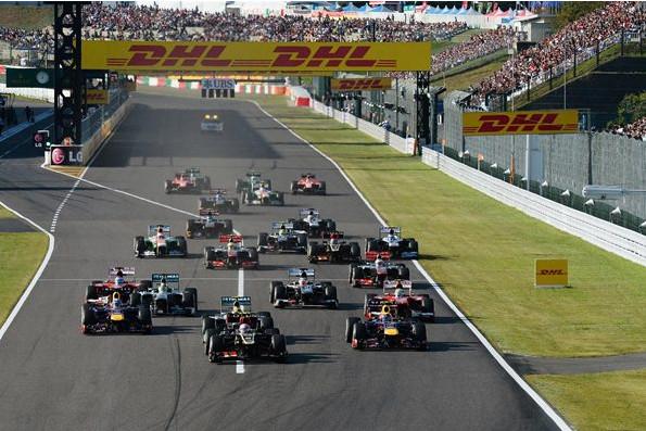 Старт Гран-при Японии 2013.Роман Грожан вырывается вперёд.