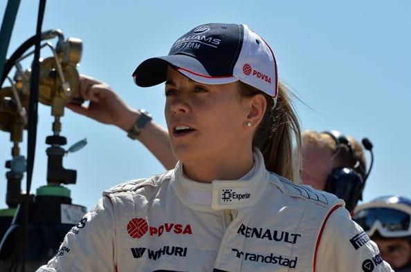 Сюзи Вульф,первая женщина за рулём болида Формулы 1