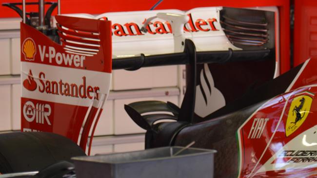 Феррари, F14T, моно мачта заднего крыла