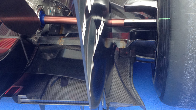 Уильямс FW36, изменения в конструкции задней подвески на гран-при Австрии