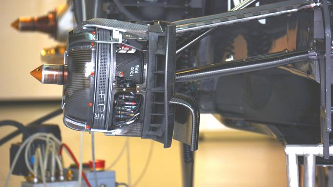Заубер C33, работа с тормозными корзинами