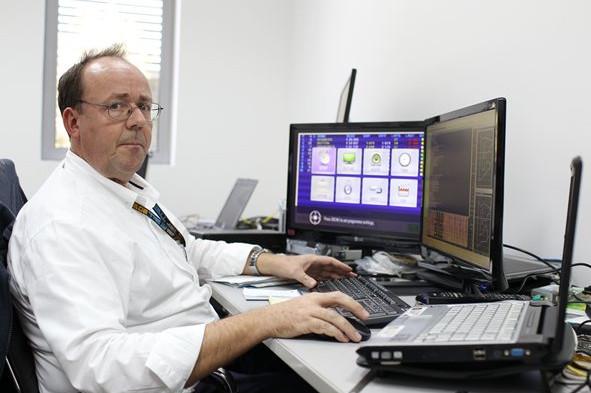 Саймон Басби, программный аналитик ФИА
