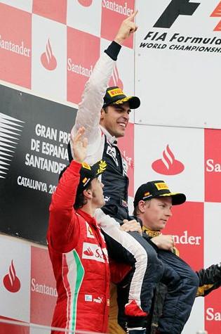 Подиум гран-при Испании 2012, Ф.Алонсо, П.Мальдонадо (победитель), К.Райкконен