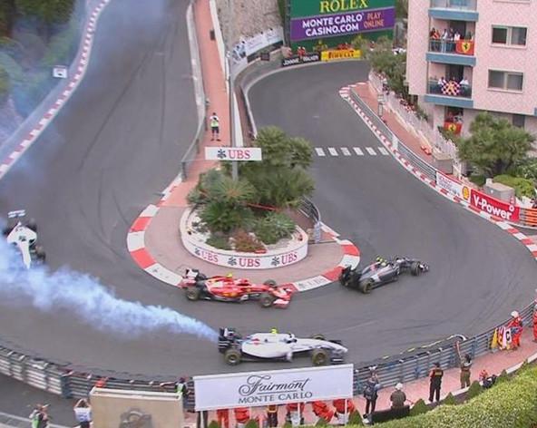 Сход Боттаса на гран-при Монако