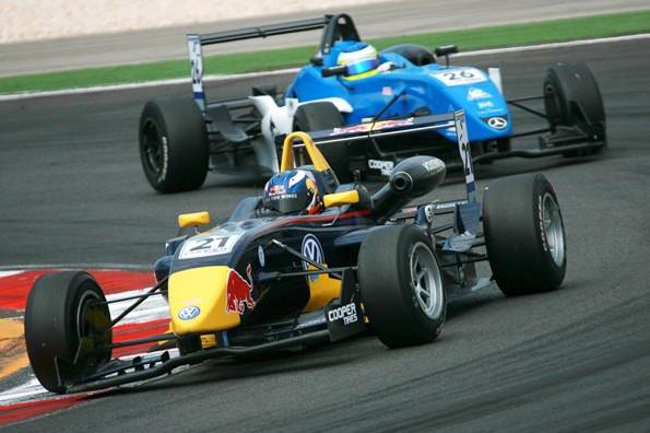 Даниэль Риккардо (АВС),Карлин Мотоспорт,британская Формула 3,Португалия 2009