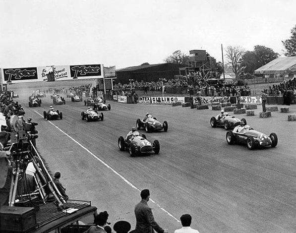 Феррари 1951.Фролиан Гонзалез, выигывает первое гран-при для команды Феррари. Сильверстоун 14 июля 1951 года
