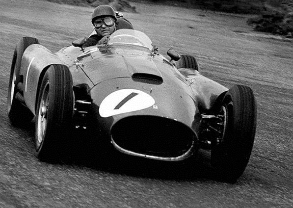 Феррари 1956. Хуан Мануэль Фанхио на Феррари D50