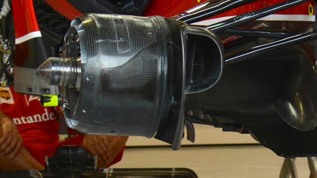 Феррари F14Т, тормозные корзинки на болиде Райкконена загорелись в Сингапуре