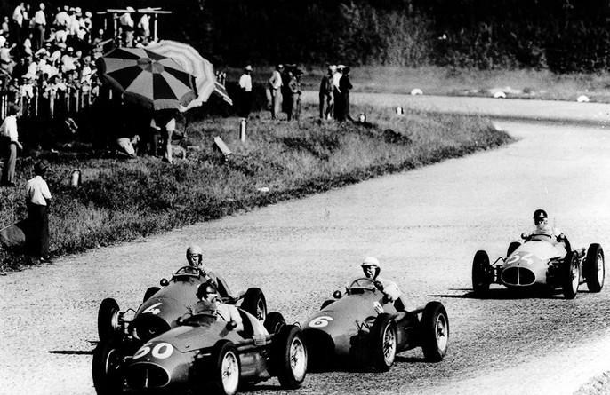 Хуан Мануэль Фанхио, выигрывает гонку в самое последние мгновение, Монца, 1953 год