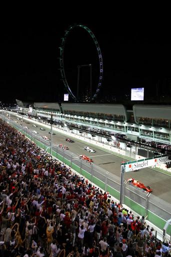 Моменты Истории.Гран-при Сингапура.Самая первая в истории Формулы 1 ночная гонка.Старт.2008 год