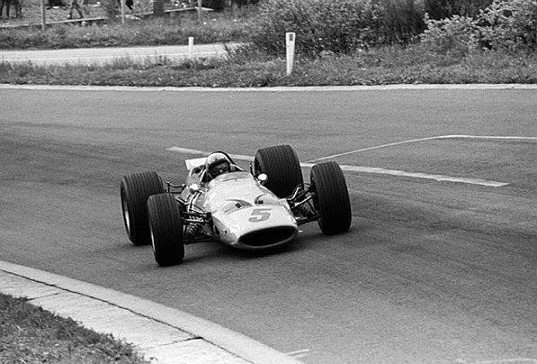 Брюс Макларен, Макларен M7A, первая победа команды Макларен, Гран-при Бельгии, Спа-Франкошам, 9 июня 1968