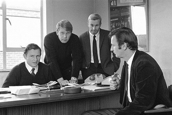 Дирекция команды Макларен, слева направо, Брюс Макларен, Тайлер Александр, Теди Маер, Филл Керр, 1970