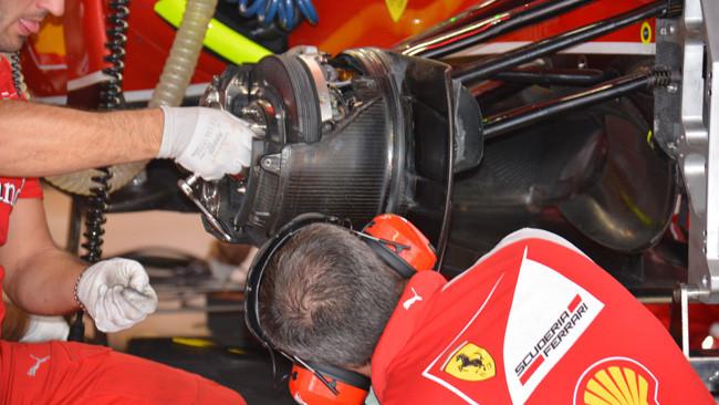 Феррари F14Т работа с тормозами