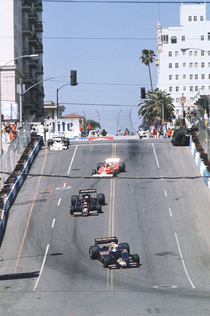 Лонг-Бич, восемь гонок, 1976-1983 годы
