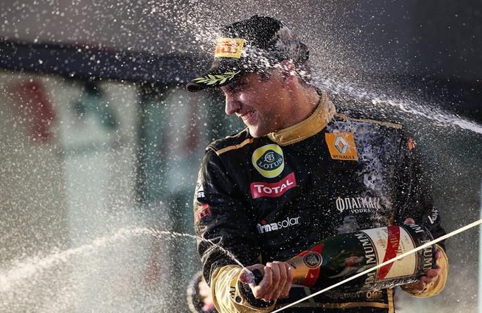 Первые брызги шампанского с подиума Формулы 1 для российского автоспорта, Австралия 2011
