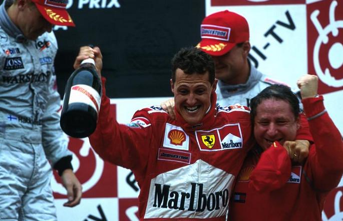 Шумахер завоёвывает первый титул чемпиона за Феррари, впервые за 21 год, Сузука, 2000