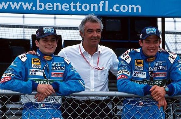 Бенеттон 2000.