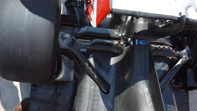 Феррари F14T, задняя подвеска в США