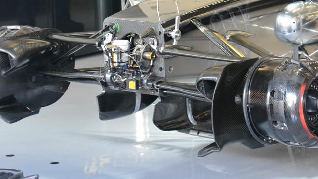 Макларен MP4-29 поворотные пластины в Абу-Даби 2014