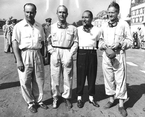 Самые захватывающие сражения за титул чемпиона мира.Новая эра Формулы 1, открывается классикой с тремя неизвестными. Италия 1950 год.
