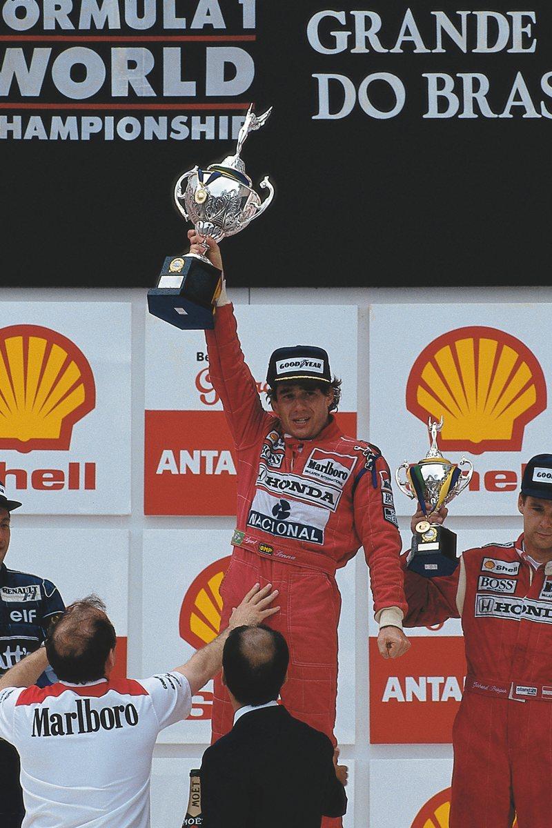 Сенна наконец-то устанавливает героическую победу в домашнем гран-при, Интерлагос, 1991 год