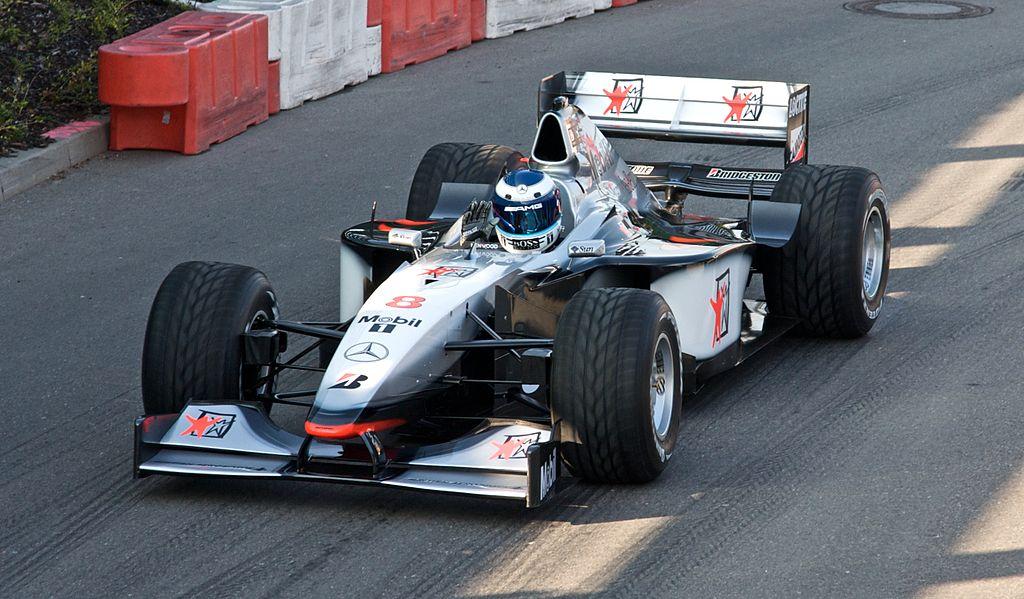 Макларен MP4-13, Мика Хаккинен, чемпион 1998 года