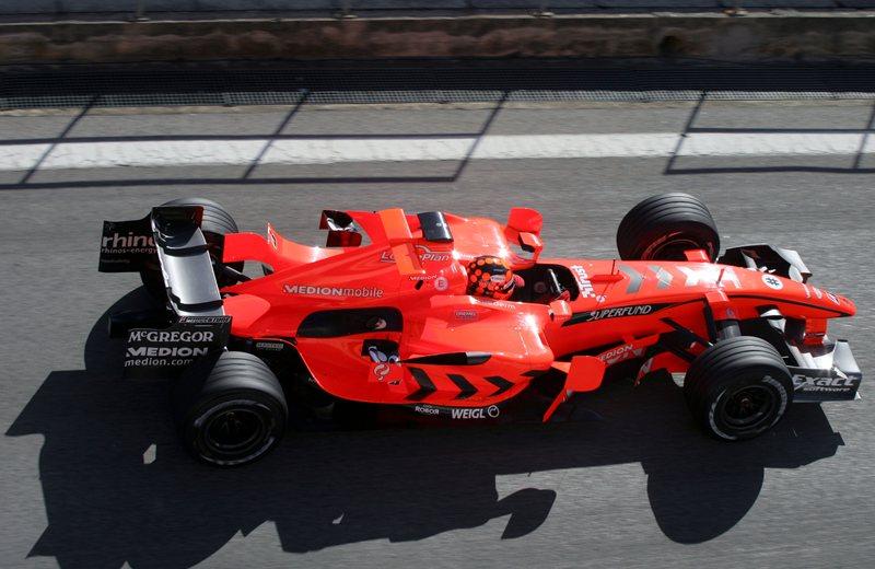 Спайкер, сверхяркий оранжевый, 2007 год