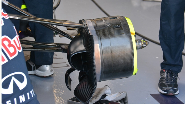 Ред Булл RB11 тормозные воздухозаборники