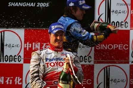 Ральф Шумахер на подиуме в Китае